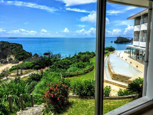 ホテル浜比嘉島リゾートの部屋から見た景色