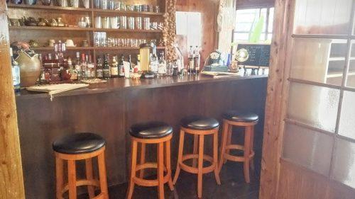 観光客で人気の国際通りからも近く、おすすめの人気カフェです。