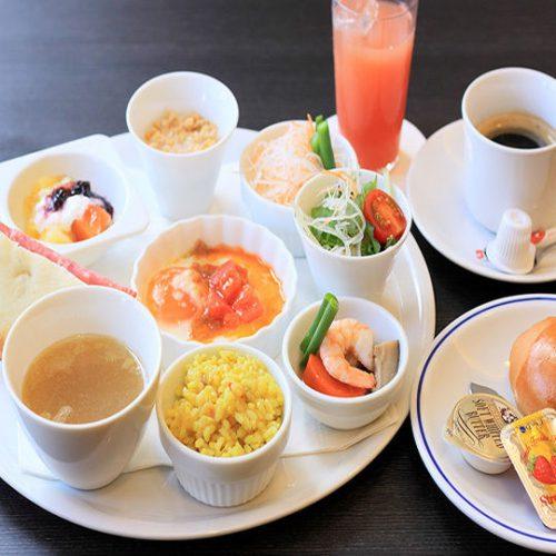 ホテルユクエスタ旭橋駅前の朝食はイタリアンプレートです。