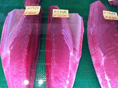 まぐろが半数を超える那覇魚市場