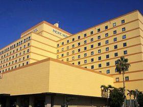ランキング1位350台収容の無料駐車場はパシフィックホテル