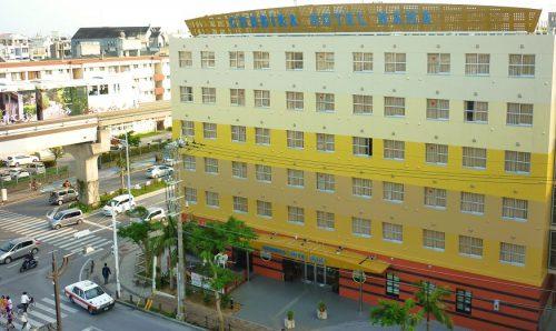 チャビラホテルは駐車場数ランキング3位。小禄駅前