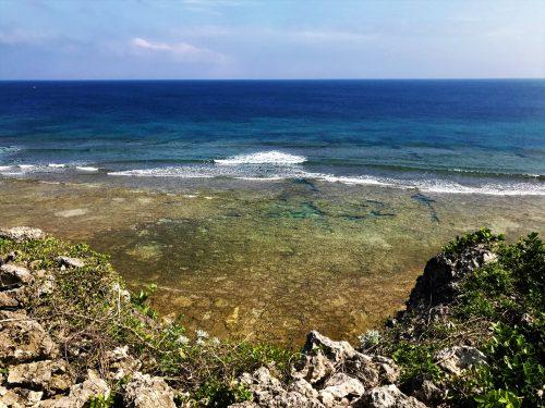 具志川城跡からの海