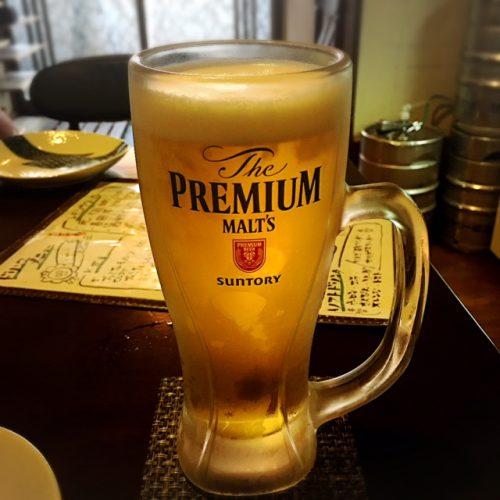 自分で注いだビールの味は格別です。ついつい、いっぱい注ぎ過ぎて泡が少なくなってしまいます。