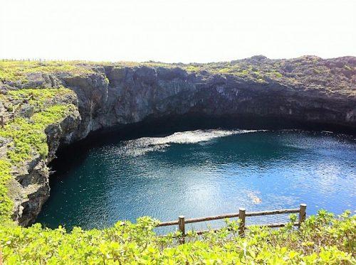 ダイバーのポイント下地島「通り池」