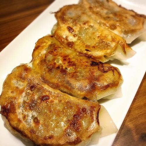 琉球中華まうし餃子が那覇市沖映通り開店した