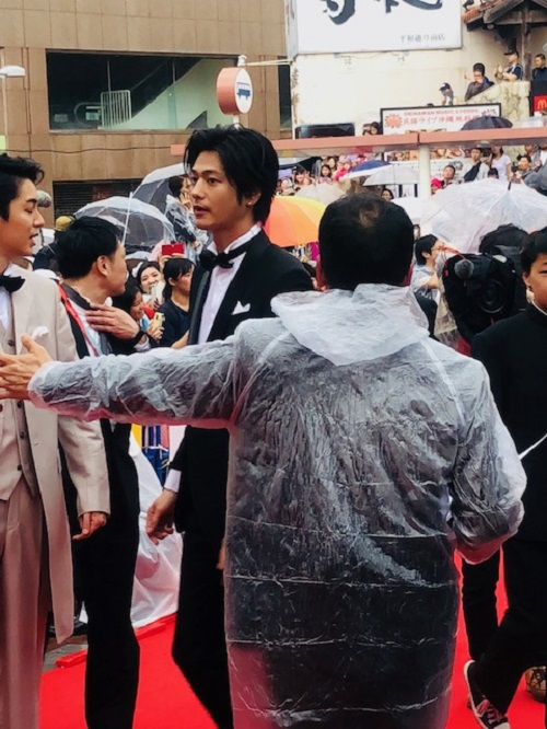 島ぜんぶでおーきな祭沖縄国際映画祭レッドカーペット速水もこみちさん