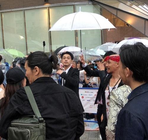 島ぜんぶでおーきな祭沖縄国際映画祭レッドカーペット成田凌さん