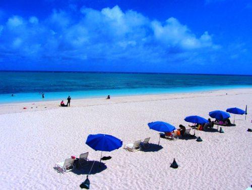 久米島ハテの浜のメインビーチ