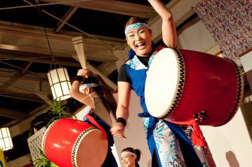 リザンシーパーク民謡ライブ・エイサー演舞のあるホテル