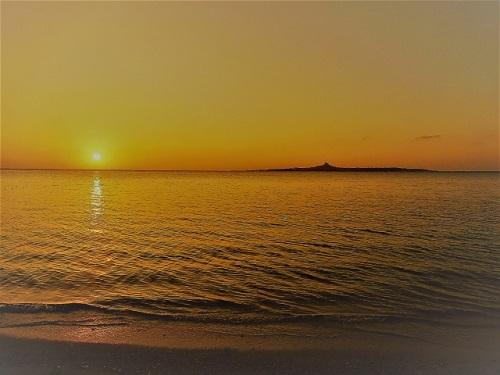沖縄本島で感動的な夕日が観れるスポット7選の備瀬