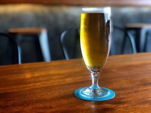 沖縄マチグァーから作りたてのクラフトビール「浮島ブルーイング」浮島ベルジャン