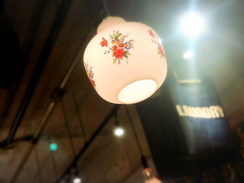 那覇栄町・シャルキュトリの居酒屋新小屋、2号店は「トミヤランドリー」はモツ煮の立ち飲み