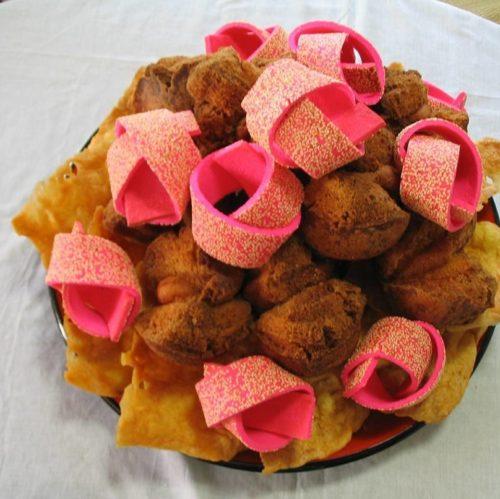 沖縄の結納には欠かせない「伝統菓子」と「天ぷら」サーターアンダギー