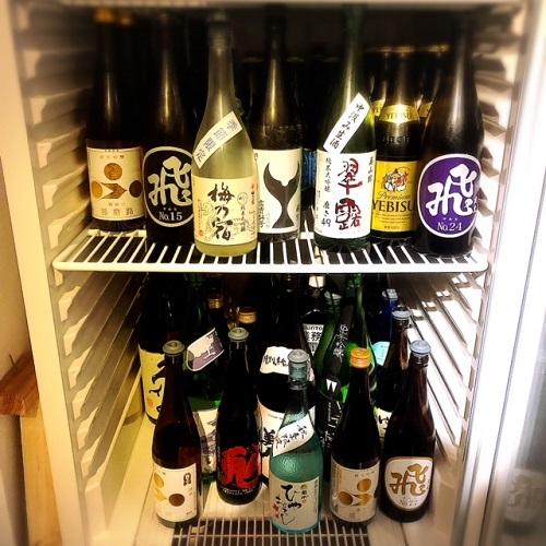 浦添市の「蕎麦と肴処 和ノ実」で、お酒の数々