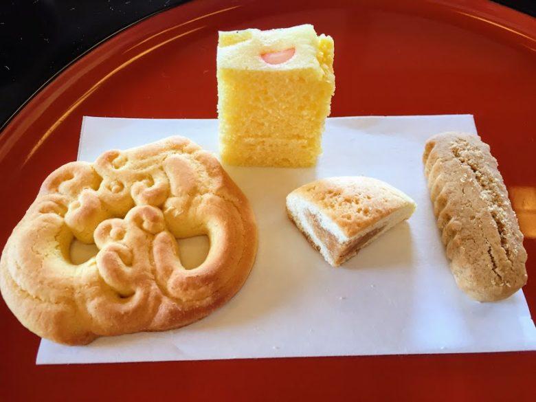 首里城内で食す。琉球菓子はなぼうる、ちんるいこう、くんぺん、ちんすこう