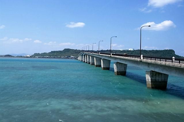 浜比嘉大橋