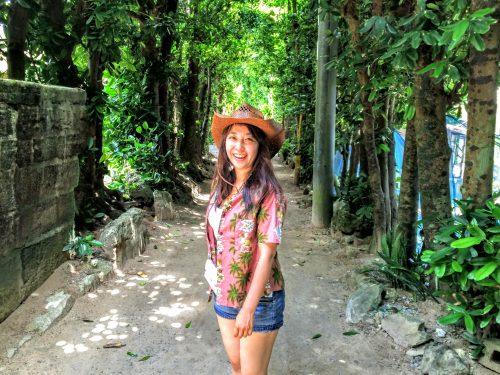 のんびり歩きたい備瀬のフクギ並木