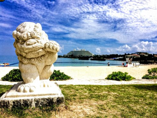 恩納村でビーチパーティするなら、恩納村海浜公園ナビ―ビーチ