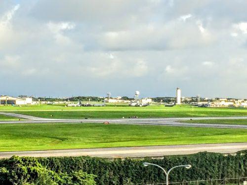 展望台から見る嘉手納基地