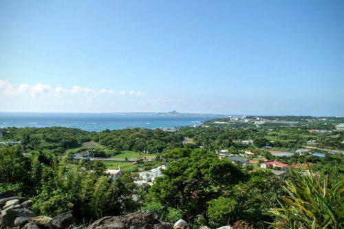 沖縄絶景海カフェの亜熱帯茶屋は、美ら海水族館の帰りに立ち寄りたい