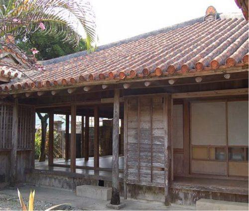 名護の重要文化財の津嘉山酒造所、戦後は米軍宿舎だった!