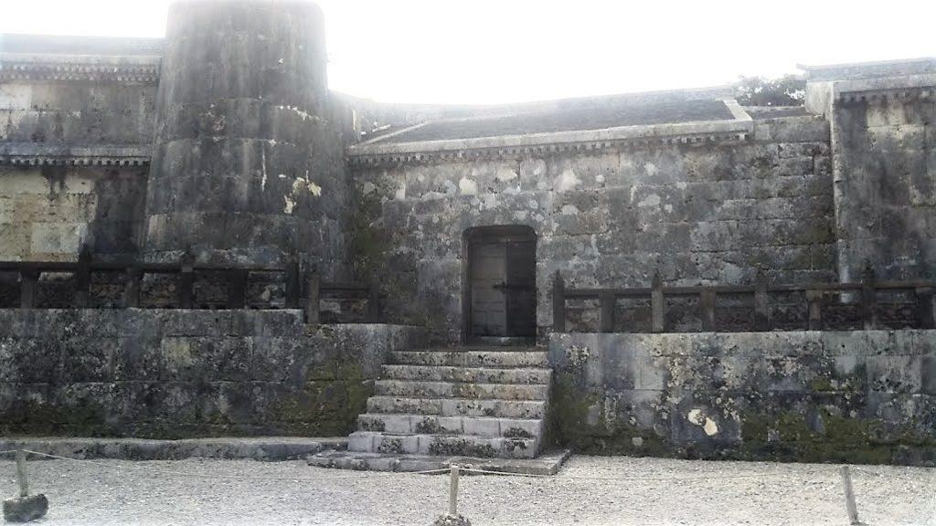 世界遺産「玉陵」は国宝に答申された第二尚氏王統の陵墓の中室