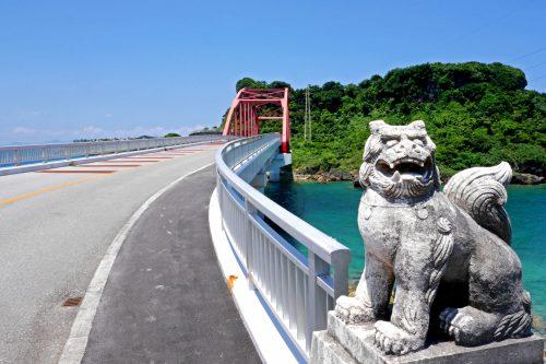 海中道路からのドライブコース 伊計島