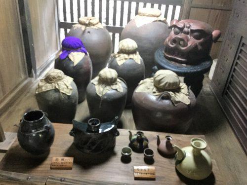 秘蔵の琉球泡盛は沖縄の宝です。