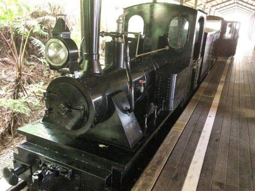 名護ネオパークの軽便鉄道ゆいレール展示館でわかる沖縄鉄道の歴史