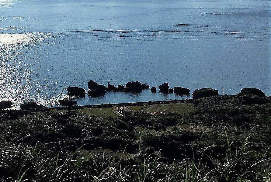 カミカキスは宮古島の北、大神島
