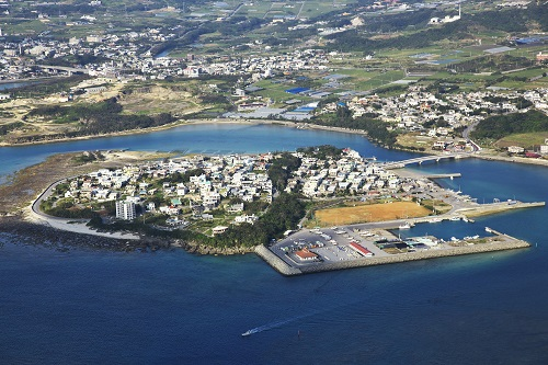 空から見た奥武島