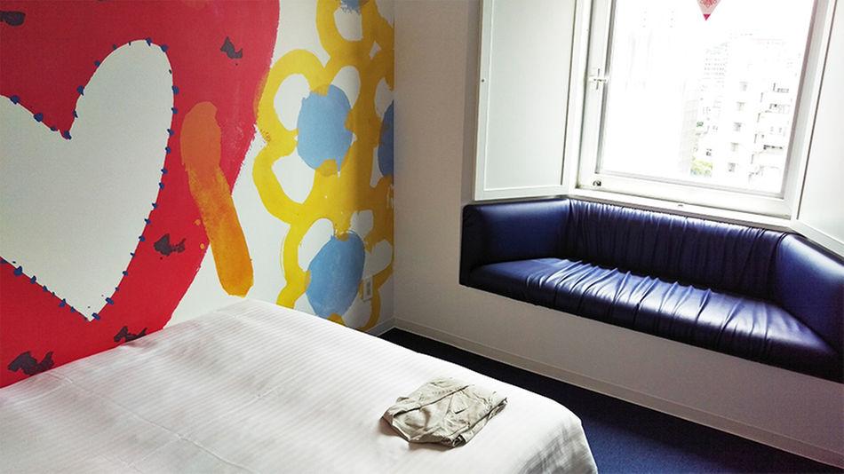 人気の格安ホテルだが部屋の中も快適に過ごせます。