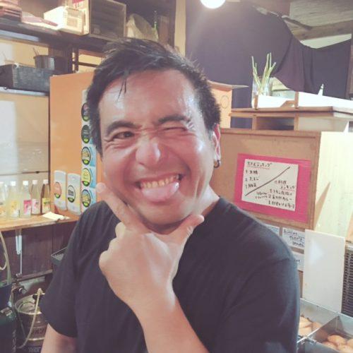 沖縄の松山、おでんの金太郎は、人気のお店ですので早い時間に行くのがベストです。