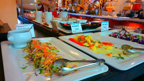 恩納村のリザンシーパークホテルタンチャベイの朝食