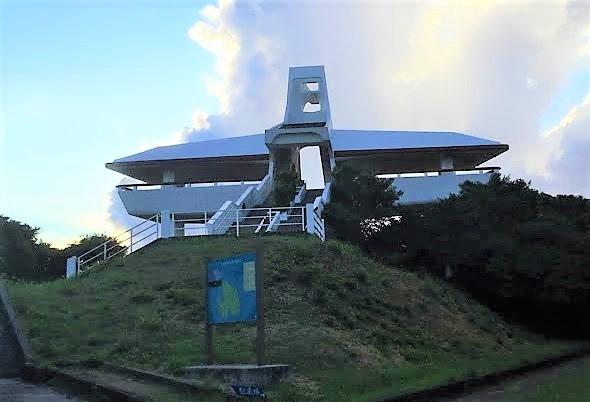 伊良部大橋を一望できる牧山展望台