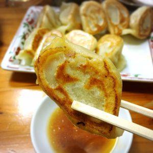 本場中国の味!栄町市場で食べる手作り餃子「一番餃子」