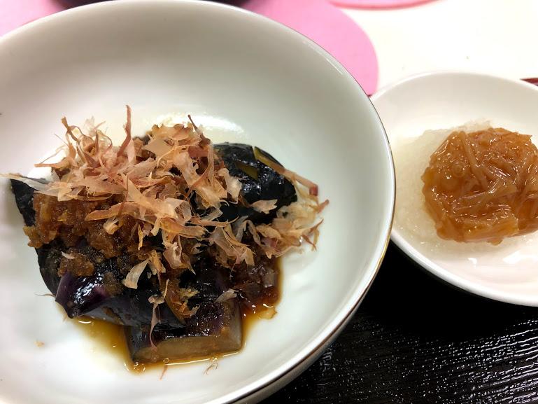 那覇京風天麩羅「桜囲」の朝飯についてくる煮浸し