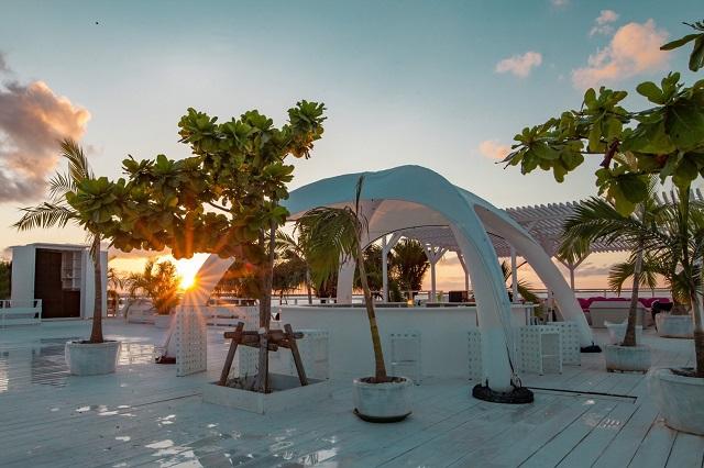 手ぶらでBBQ!沖縄スタイルビーチパーティ!Cozy Beach Club
