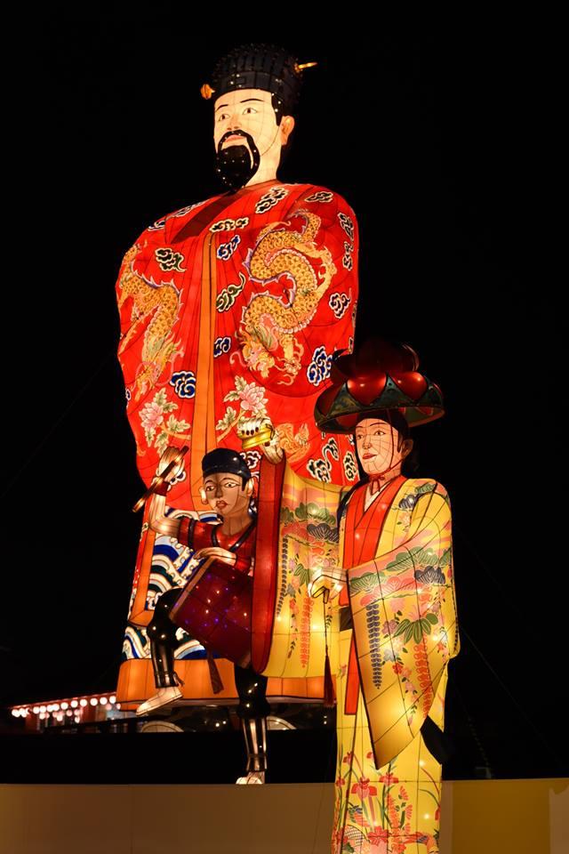 体験王国むら咲むらは琉球ランタンフェスティバル2018-2019で灯に包まれる