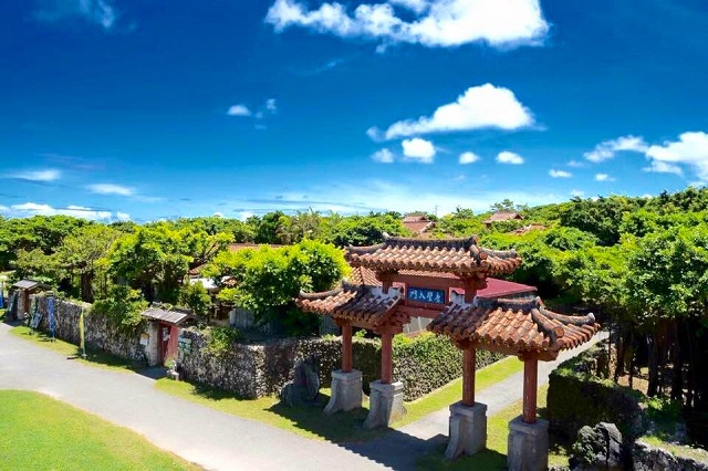 琉球ランタンフェスティバル2018-2019が開催される体験王国むら咲むら