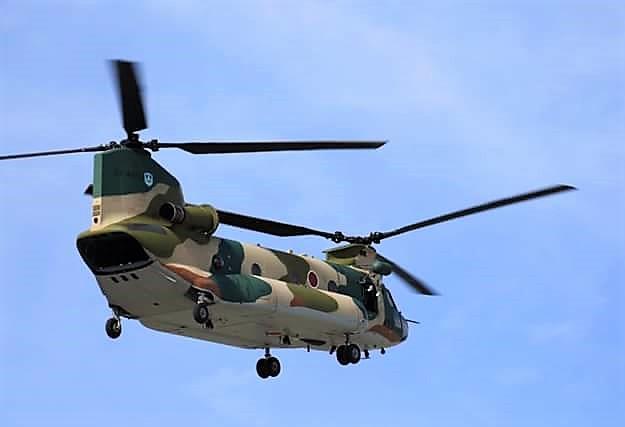 自衛隊ヘリ体験搭乗、エアーフェスタ