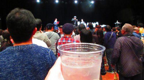 吉田類さんと乾杯!正月でーびる沖縄市(コザミュージックタウン音市場)