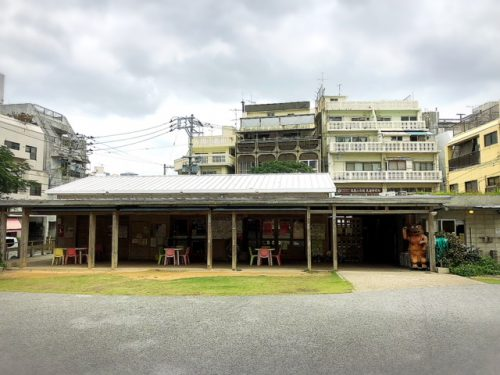 ここには児童館もあります。牧志公設市場が移転中は、どうなるのでしょうか?