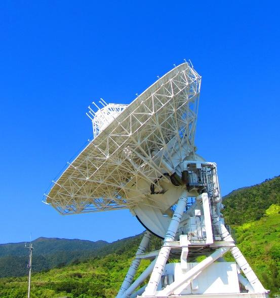 星空保護区石垣島の電波望遠鏡