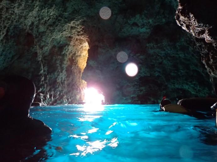 青の洞窟へダイビング!アナタは海から?陸から??