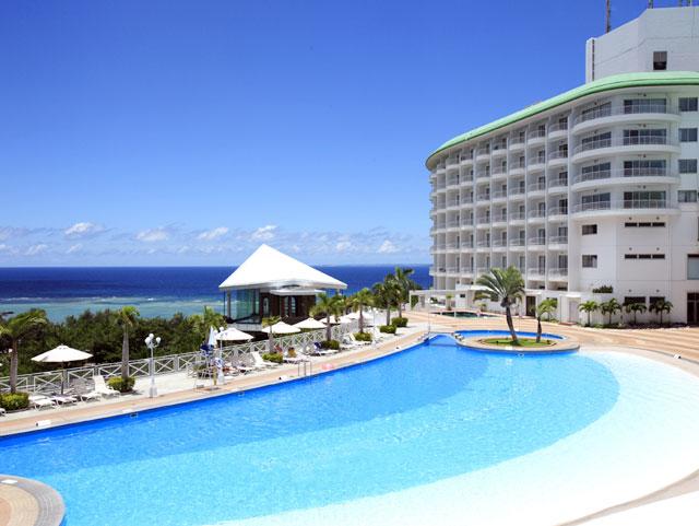 かりゆしビーチ民謡ライブ・エイサー演舞のあるホテル