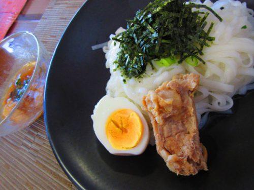 伊是名島のお米をつかった米麺「太陽食堂」