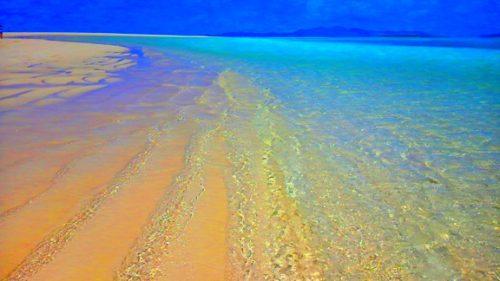 久米島ハテの浜の「奥の浜」のビーチ