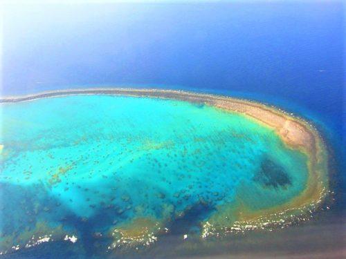 飛行機からも見える久米島ハテの浜